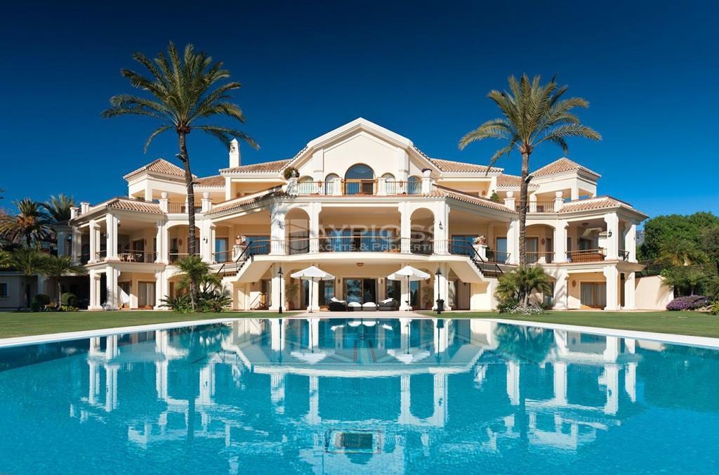 aypioss yachts properties luxury villa rental villa. Black Bedroom Furniture Sets. Home Design Ideas
